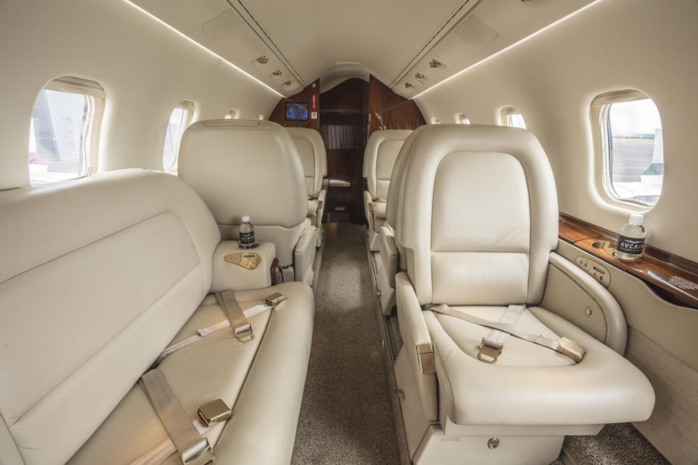 Learjet Seating
